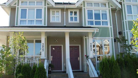3 Bedrooms Townhouse At Champlain Village