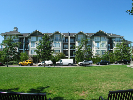 2 Bedrooms Garden Apartment In Champlain Village